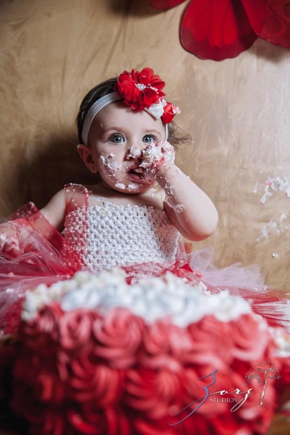 Big Eyes: Adorable Baby Girl Photoshoot by Zorz Studios (14)