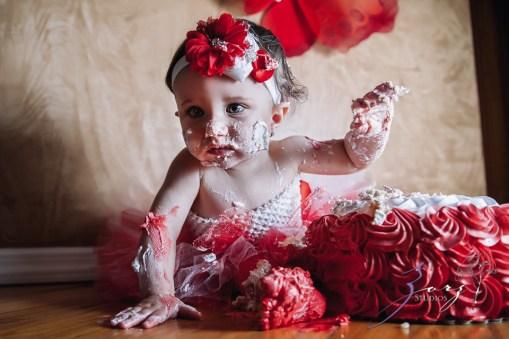 Big Eyes: Adorable Baby Girl Photoshoot by Zorz Studios (13)