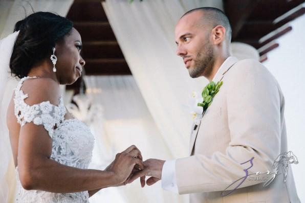 Bell Hunters: Stephanie + Josh = Dominican Republic Wedding by Zorz Studios (40)