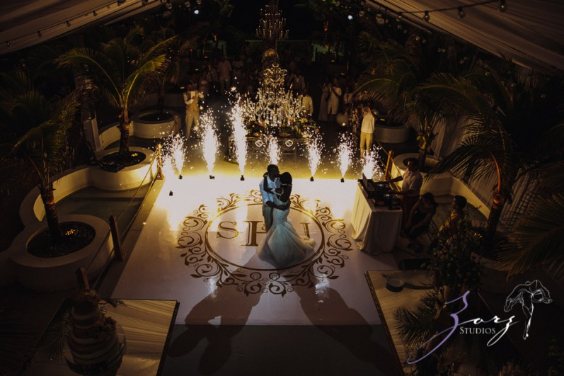 Bell Hunters: Stephanie + Josh = Dominican Republic Wedding by Zorz Studios (18)