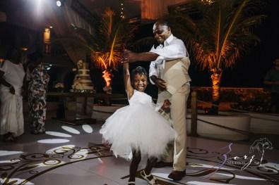 Bell Hunters: Stephanie + Josh = Dominican Republic Wedding by Zorz Studios (15)