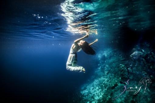 Water Spirit: Epic Underwater Photoshoot in Dominican Republic by Zorz Studios (27)