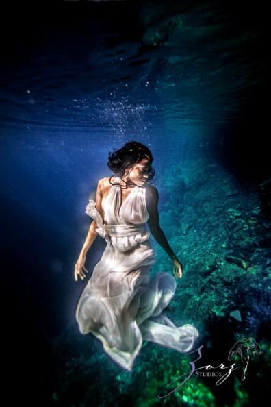 Water Spirit: Epic Underwater Photoshoot in Dominican Republic by Zorz Studios (26)