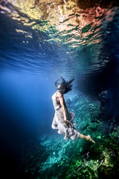 Water Spirit: Epic Underwater Photoshoot in Dominican Republic by Zorz Studios (24)
