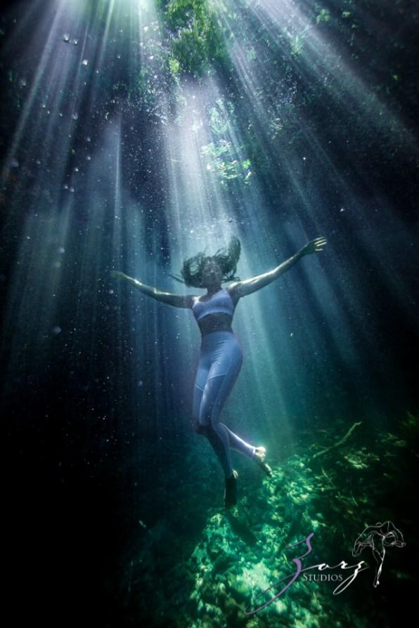 Water Spirit: Epic Underwater Photoshoot in Dominican Republic by Zorz Studios (19)