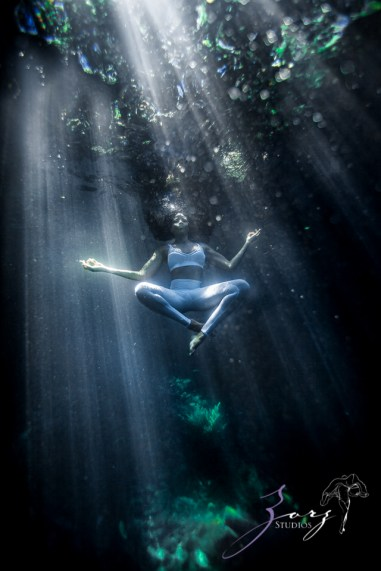 Water Spirit: Epic Underwater Photoshoot in Dominican Republic by Zorz Studios (17)