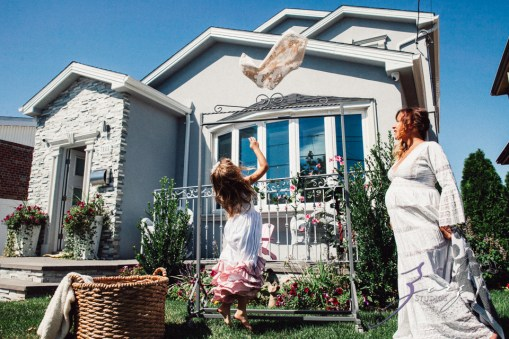 Cuatro+: Whimsical Family Maternity Session by Zorz Studios (36)