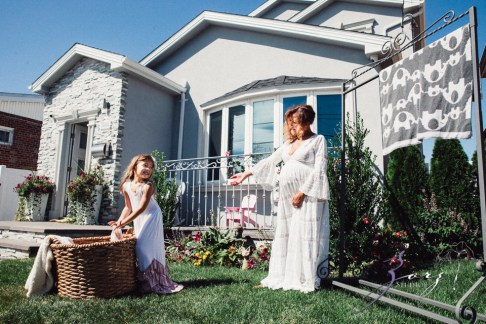 Cuatro+: Whimsical Family Maternity Session by Zorz Studios (34)