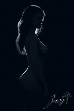 Consensual: Bold and Refined New York Boudoir Photography by Zorz Studios (6)