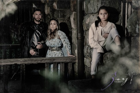 Game of Thrones Inspired Birthday Photoshoot by Zorz Studios (15)