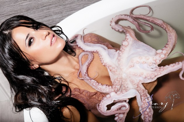 Cover Girl: Eerily Beautiful Photoshoot with Octopus by Zorz Studios (10)