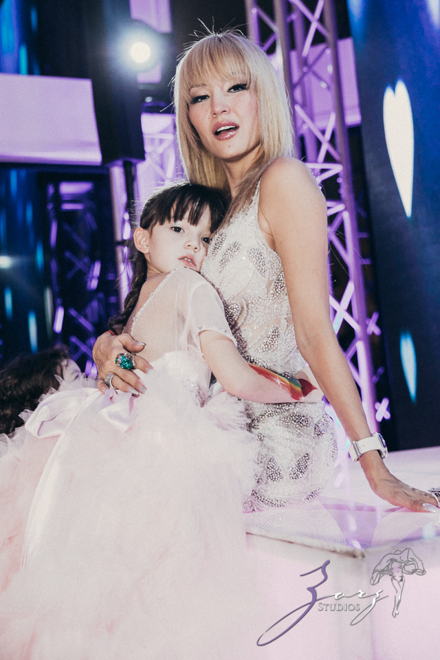 Cosmo: Mother-Daughter Cosmopolitan Birthday Party by Zorz Studios (104)