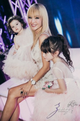 Cosmo: Mother-Daughter Cosmopolitan Birthday Party by Zorz Studios (102)