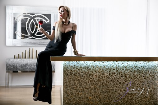 High Glass: Beauty of Lillian Gorbachincky of Cosmopolitan Glass, Squared | Zorz Studios (17)