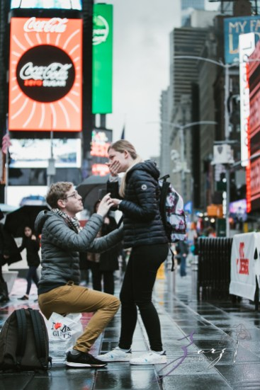 Trop Précieux: Frenchman's Marriage Proposal on Times Square by Zorz Studios (29)