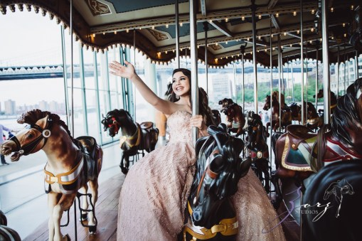 Regalo: Loving Parents Give a Gift of All-Day Quinceanera Photography by Zorz Studios (12)