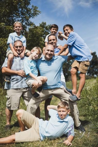 Field Trap: Sunflower Field Photoshoot for Three Families by Zorz Studios (9)