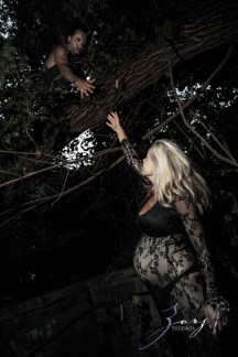 Catchup: Last-Minute Maternity Photoshoot by Zorz Studios (6)