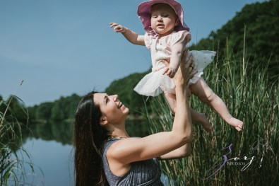Veyear: Our Baby Girl First Birthday Photoshoot in Poconos by Zorz Studios (27)