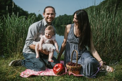 Veyear: Our Baby Girl First Birthday Photoshoot in Poconos by Zorz Studios (24)