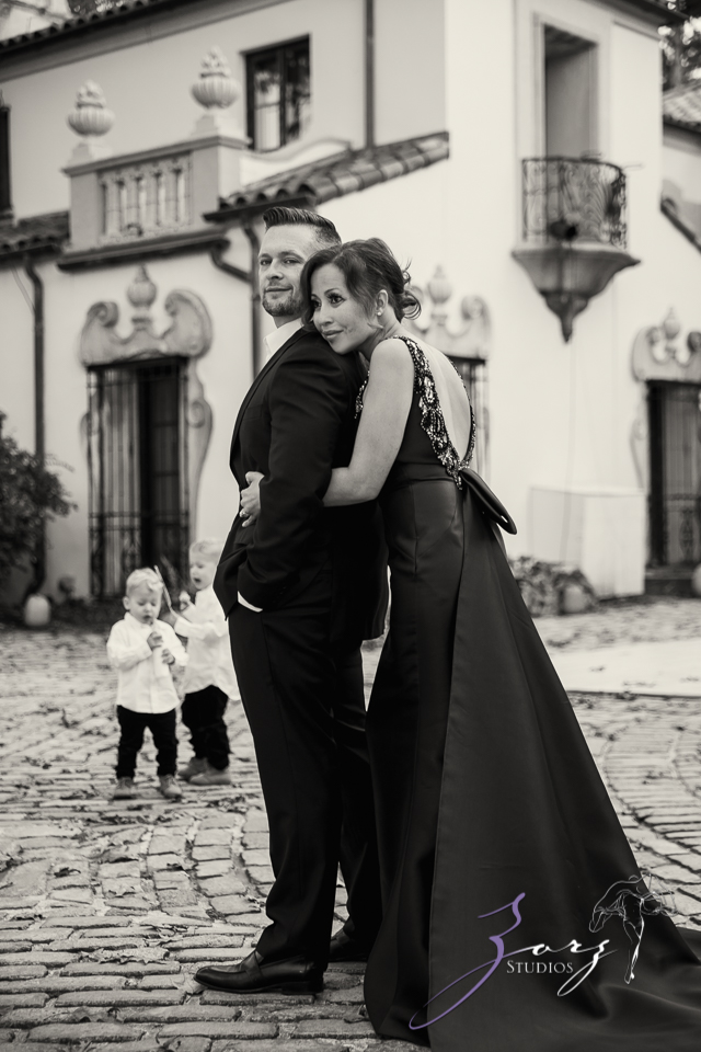 Womansion: Stylish Family Shoot at Vanderbilt Museum by Zorz Studios (8)