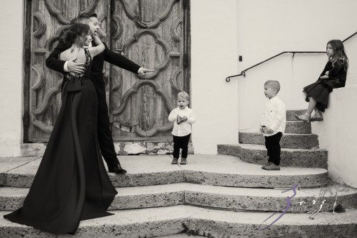 Womansion: Stylish Family Shoot at Vanderbilt Museum by Zorz Studios (2)