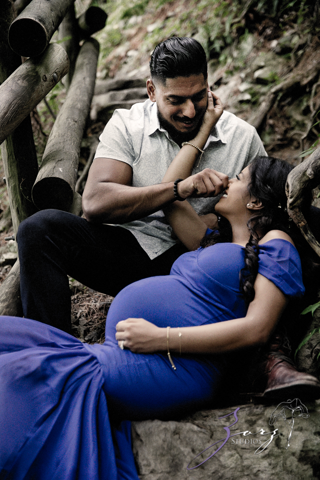 Bhaaloo: Maternity Session by Raymondskill Falls by Zorz Studios (7)