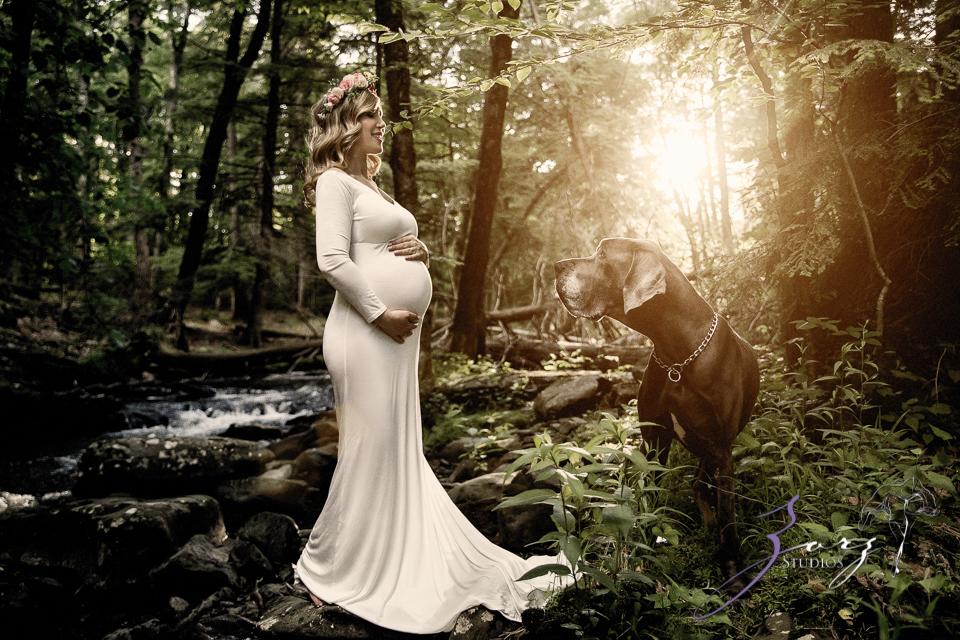 Tesori: Maternity Photoshoot in Poconos by Zorz Studios (21)