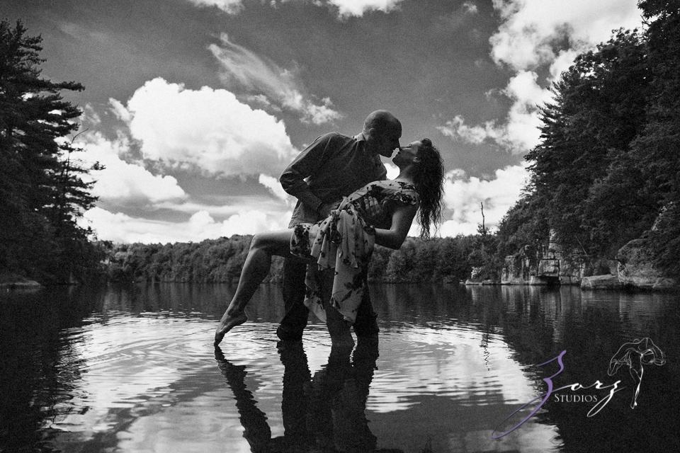 High: Lake Minnewaska Engagement by Zorz Studios (13)