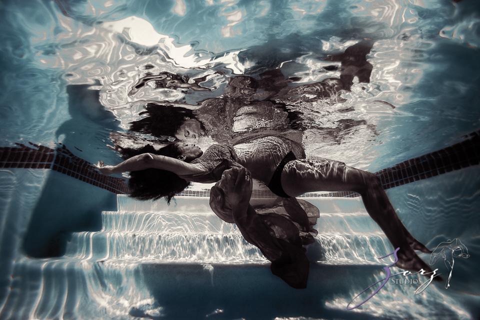 Black Pearl: African-American Underwater Maternity by Zorz Studios