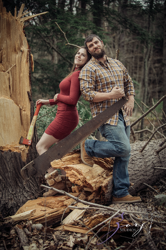 Bewooded: Rustic Engagement Session in Poconos by Zorz Studios