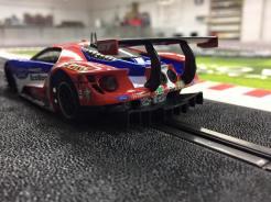 telaio in alluminio per la Ford GT di Carrera-3