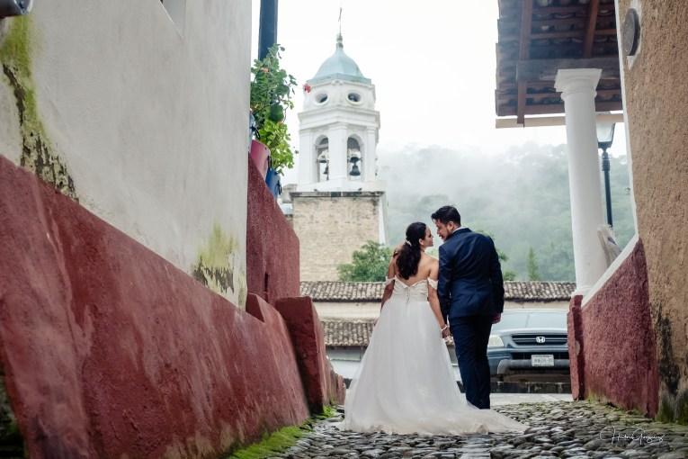 Boda de Ixchel & Fernando en Pueblo Magico de San Sebastian del Oeste Mexico Zouls Photography