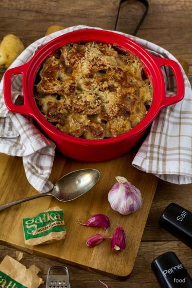 Zdjęcie - Gratin de pommes, czyli francuska zapiekanka z ziemniaków - Przepisy kulinarne ze zdjęciami