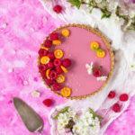 Zdjęcie - Tarta z kokosowo-malinową panna cottą - Przepisy kulinarne ze zdjęciami