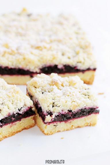 Zdjęcie - Ciasto kruche z jagodami i kruszonką - Przepisy kulinarne ze zdjęciami