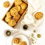 Zdjęcie - Kardemummabullar – szwedzkie bułeczki kardamonowe - Przepisy kulinarne ze zdjęciami