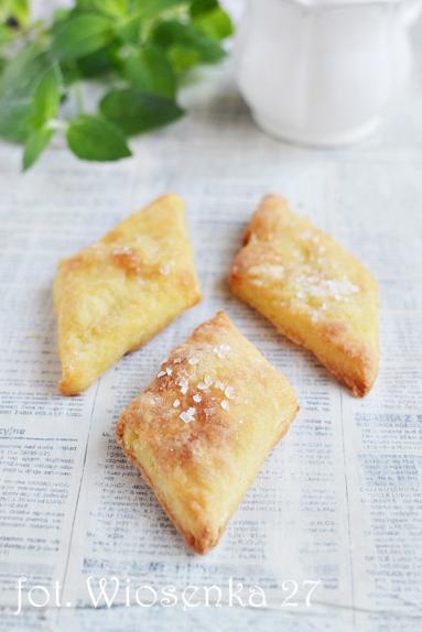 Zdjęcie - Ciastka Serowe kopytka - Przepisy kulinarne ze zdjęciami