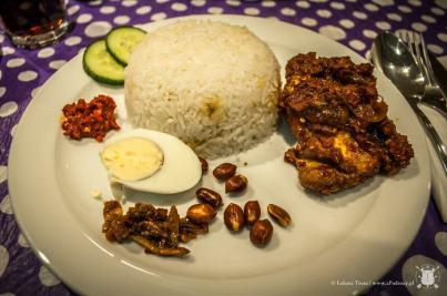 Kurczak z ryżem po malezyjsku