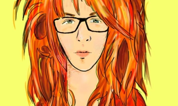 Portrét Zrzavé holky - má dlouhý obličej, červené triko, tlusté černé brýle a spoustu rozcuchaných, zrzavých vlasů.
