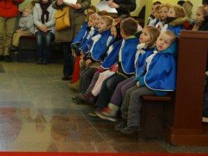 Dzieci na Mszy św.