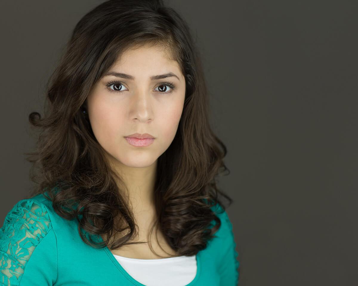 Julia Sutton (actress)
