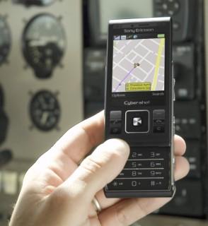 Sony Ericsson C905: tem GPS