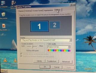Configurações de monitor: 1024 x 600