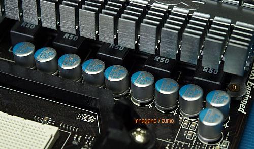 MSI_790FX_capacitors