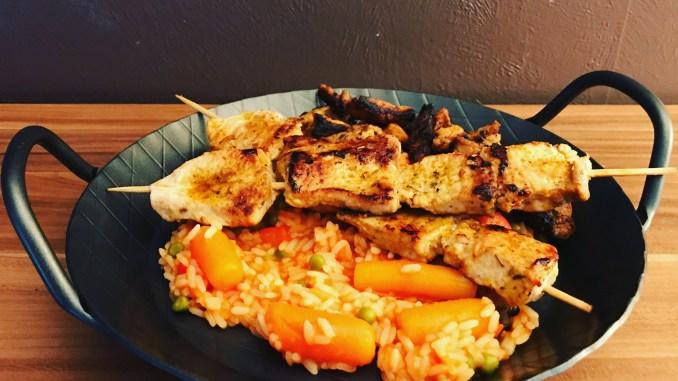 Djuvec Reis und Fleischspieße