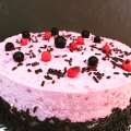 No Bake Beeren Quark Torte