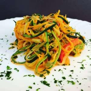 Zubreitung Zoodless als Salat