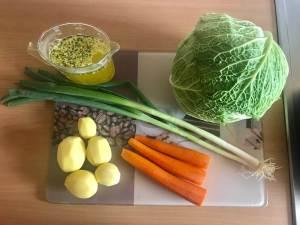 Zubereitung Vegetarischer Wirsing Eintopf