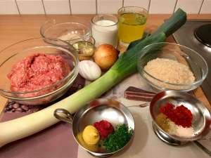 Porree Reis Pfanne mit würzigen Hackbällchen Zut